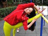 成都女大学生入选健美健身队