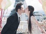 教主与夫人婚纱照甜蜜热吻