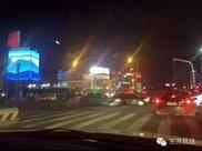 江厦桥东,宁波司机集体闯红灯,可大家见了都点ZAN