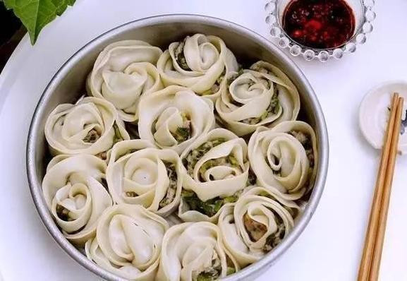 So beautiful rose dumplings are you willing to eat it?