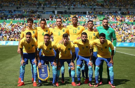 巴西德国轻松晋级_东道主冲首枚奥运足球金牌