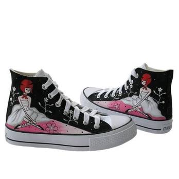 帆布鞋女手绘鞋帆布鞋韩版漫儿手绘涂鸦鞋