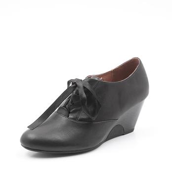 tata/他她黑色小牛皮女皮鞋