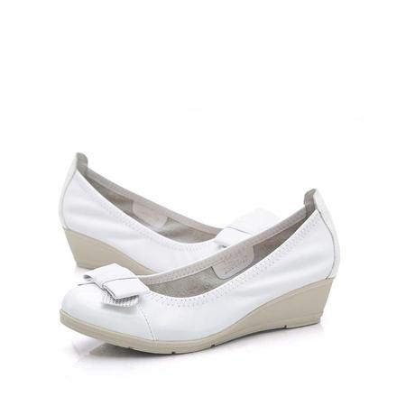 camel/骆驼春秋白色女子休闲单鞋