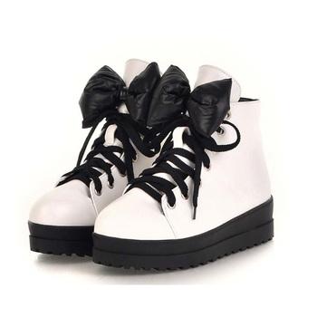 睿智贝儿2012新款女童鞋子皮鞋儿童短靴子马丁靴