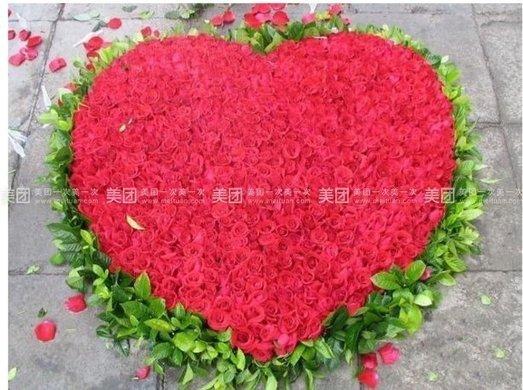 999朵玫瑰花束+高档精致包装1束
