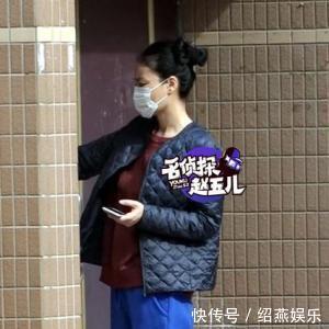 张柏芝三胎证实,王菲却为谢霆锋高龄产子,孕肚