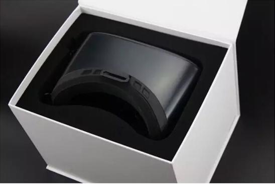 大朋VR头盔E22.jpg
