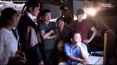 韩剧巡夜人日志海报拍摄 & 采访 中文字幕 14/07/28 (smokycross制作)