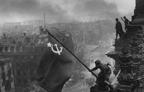 二战结束前夕,苏军牺牲一个军只为攻下一座房 - 云鹏润峰 - 云鹏潤峰
