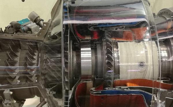 一般认为采用离心式压气机的涡轴发动机功率很难超过1500kw,轴流式压图片