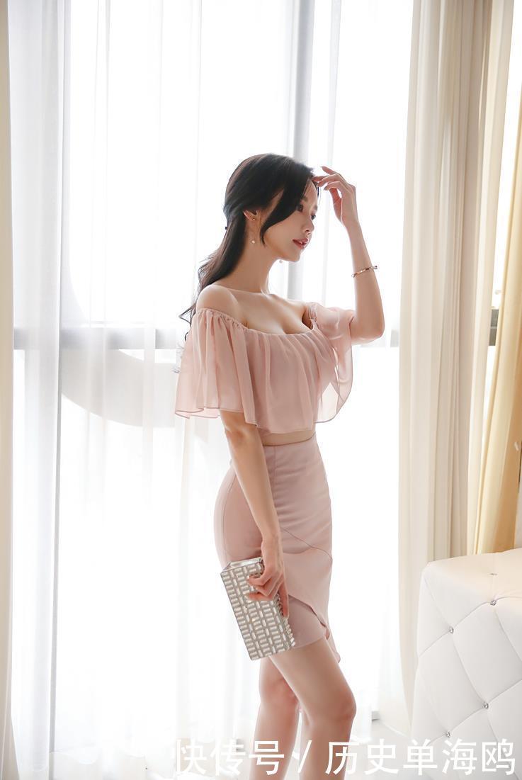 粉红色的天使珠珠孙允珠性感粉色荷花裙,最后一张照片可做壁纸