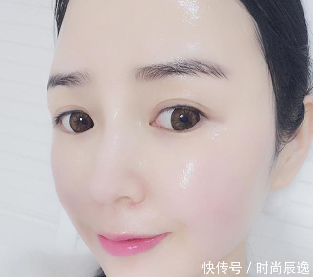 睡前用蜂蜜加它洗脸,半月皮肤嫩白细滑,两月脸