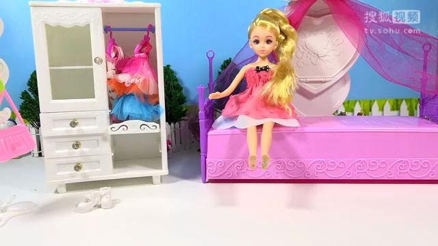 芭比娃娃中文版 芭比娃娃衣柜装扮芭比换装玩具 亲子游戏