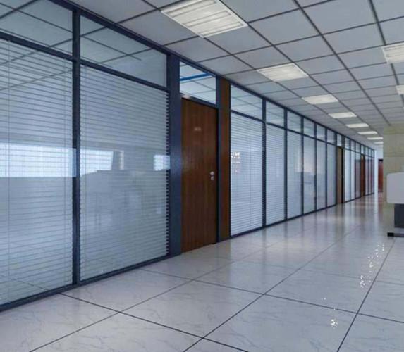 沈阳哪里做铝型材边框钢化玻璃中空百叶隔断