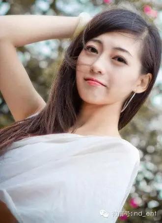 上海素颜美女生活照