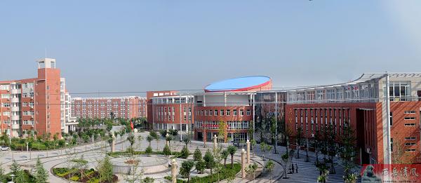 渭南高级中学全貌占地面积200亩,计划设置80个教学班,小班授课