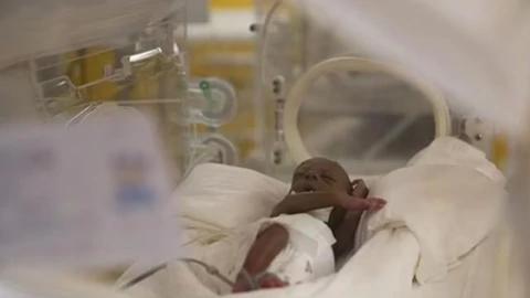 25岁女子一次生下5女4男9胞胎,诊所:已全部存活