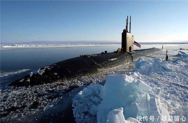 潜艇怎么拼刺刀?俄潜艇被跟踪,迎头撞去,美潜艇破了个大洞