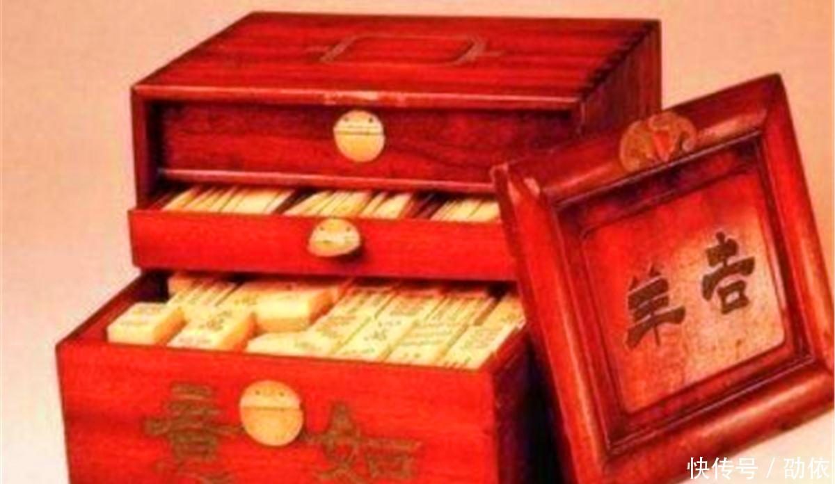 清朝后宫里一用品的三件女性一件至今很多人还情趣用品店红桥区天津图片