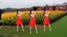 甜蜜情歌广场舞《猜》老歌新跳,歌曲甜美好听,舞蹈简单好看