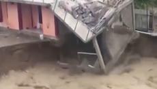 东帝汶遭遇最严重洪水侵袭