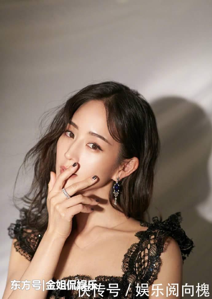 张钧甯一袭黑色绣花礼服将东方女性的知性优雅美诠释的淋漓尽致