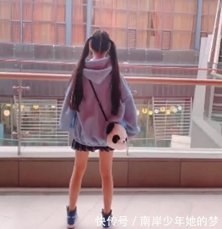 蔡萝莉的漫画腿也太好看了吧?网友:这腿我玩漫画雅典娜强暴哈迪斯图片