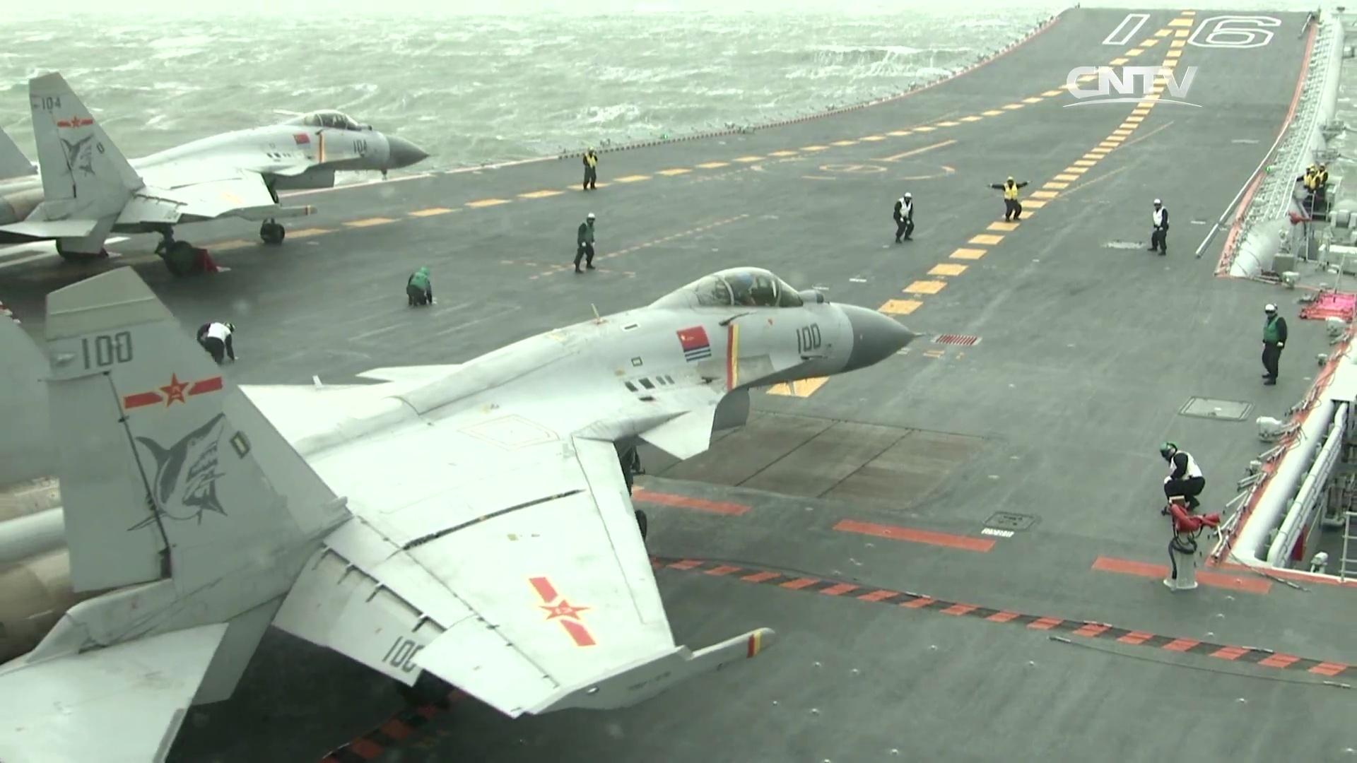 辽宁舰载8架战机有多少战斗力?远超西方预测