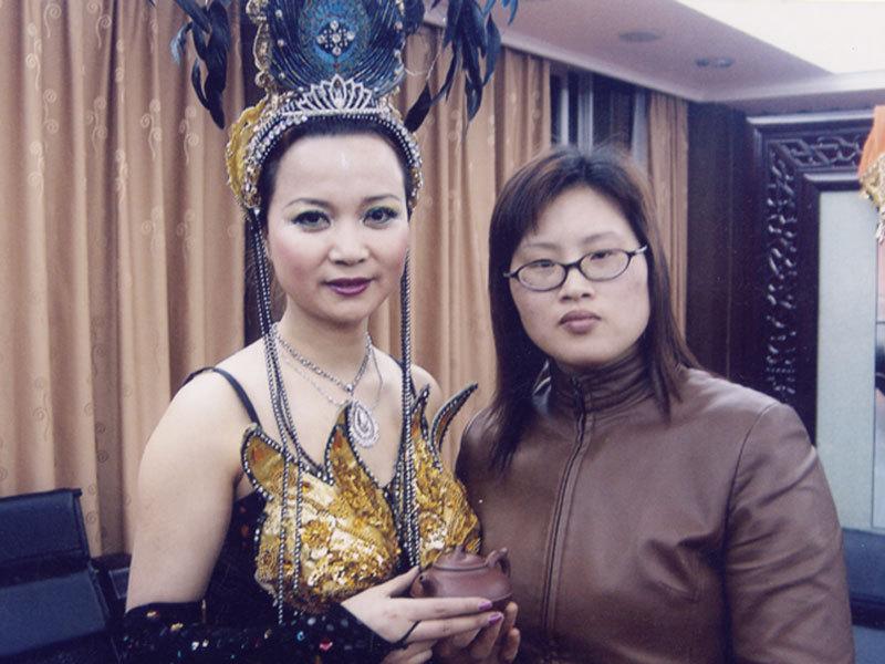 王芳-中国工艺美术师图片