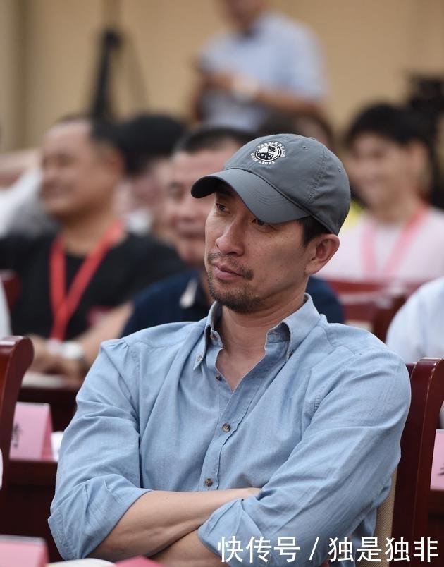 """王千源回应""""高片酬"""",网友:不还是没说吗?"""