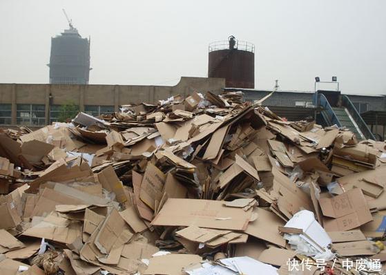废纸箱手工制作桥