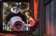 功夫熊猫3:阿宝竟然用这个滑雪?这波操作棒极了