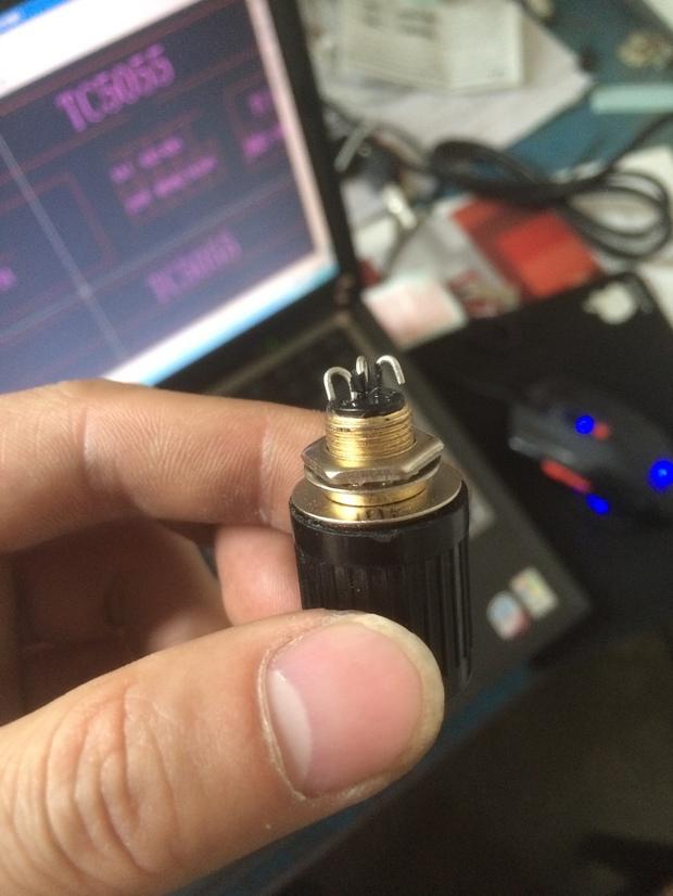 星火 电位器 三脚的怎么接线,三根都需要接吗