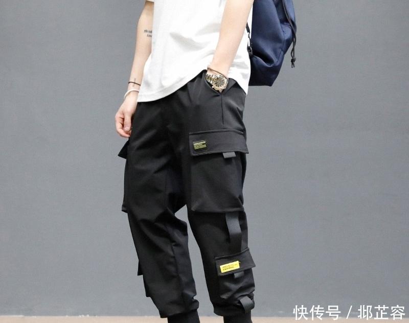 最近很流行的束脚工装裤,张扬型男不羁魅力