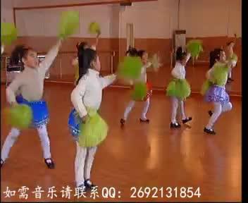 简单的幼儿园六一舞蹈 幼儿园元旦舞蹈 小班舞蹈 器械操 加油歌-小班