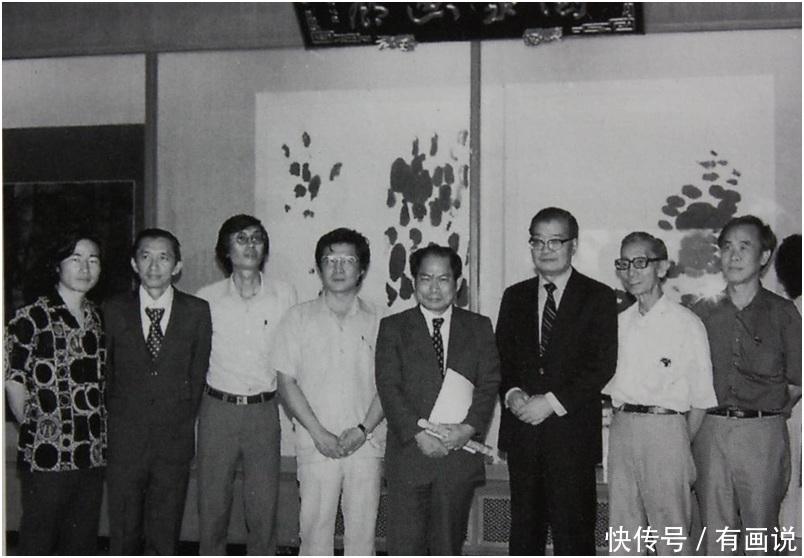 "<b>日韩画家坚称""国际现代水墨"",华裔画家:水墨是中国的!</b>"