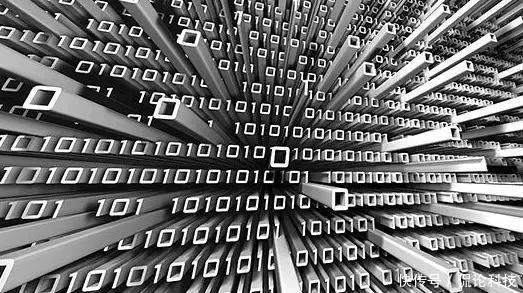 美国再领导世界100年的梦想 已经窒息! 平地一声雷,心潮逐浪高! 5月8日,阿里巴巴宣布研制出世界上最强的量子电路模拟器太章,并且率先成功模拟了81比特40层作为基准的谷歌随机量子电路。 此前,世界上最强的量子电路模拟器是谷歌的,但是只能处理49个量子比特。  谷歌量子计算机 太章出现后,谷歌在量子计算领域的霸权基本被打破,美国幻想凭着科技垄断再领导世界100年的梦想也基本上窒息! 量子计算有多重要?当达到约50个量子比特的处理能力后,量子计算机将一骑绝尘,不用说普通计算机了,连超级计