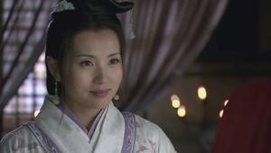 新三国演义:吕布在搜查后院时看见貂蝉顿时为她美貌惊讶心动神摇