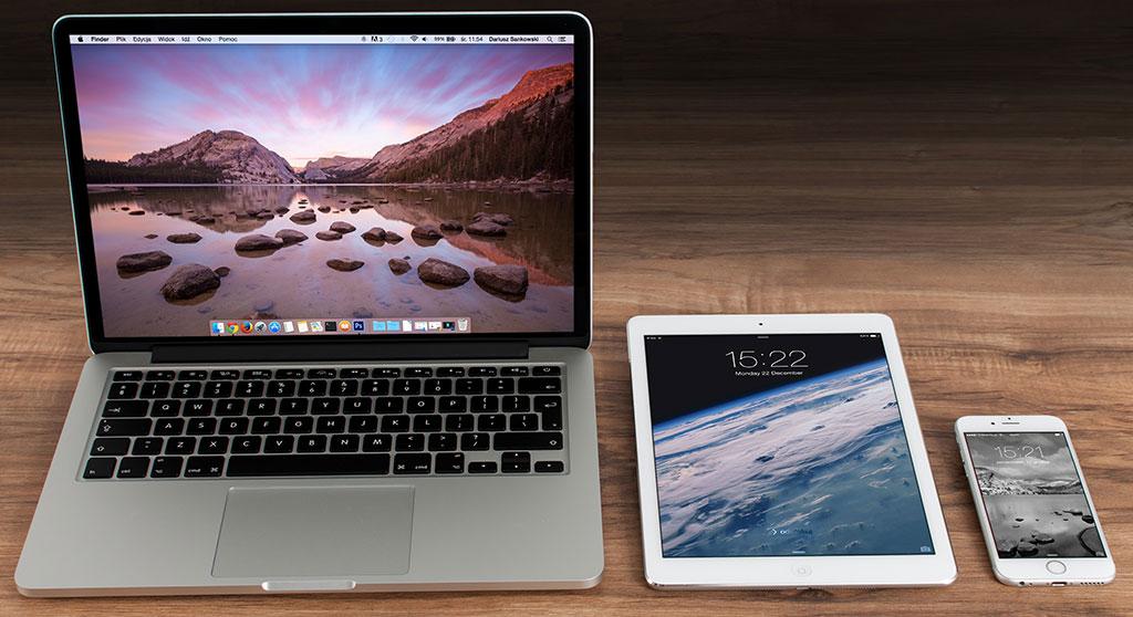Photo of Macbook Pro, iPad and iPhone