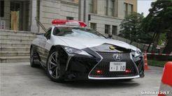 日本交警装备价值百万豪华警车:车牌号110