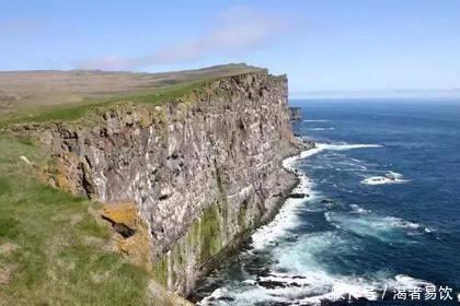 <b>哪个悬崖最危险,看爱情中你会,从爱人变成什么</b>
