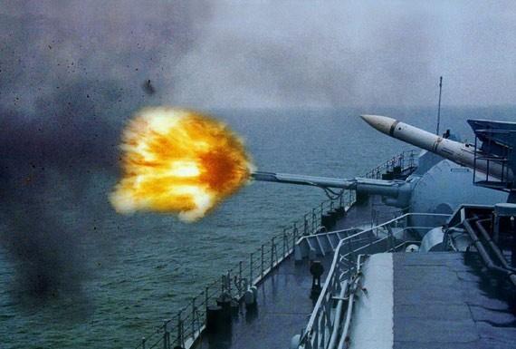 【转载】急调两百多艘军舰围堵中国 中俄反击将拖垮美军 - 老文 - 诚实人生(1)