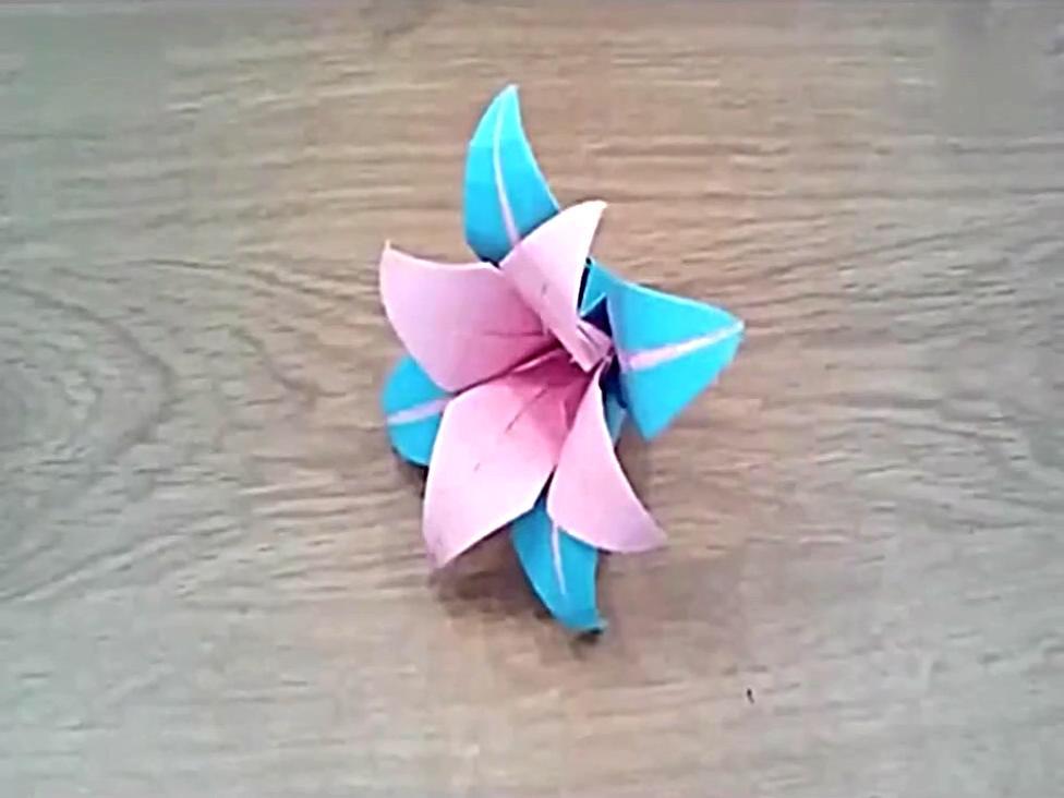 手工制作折纸大全百合花的折法步骤图解