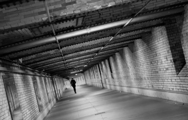 莫斯科地铁失踪案_360百科
