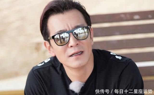 李小璐发文悼念李咏,意外被网友斥责,还记得6