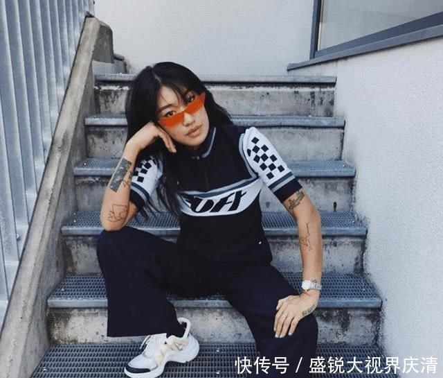 八九十年代香港性感女明星穿搭,如今看来依旧性感布尔玛龙珠视频图片
