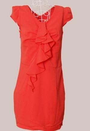 桔红色的裙子配什么颜色的鞋子结婚穿会比较好呢?