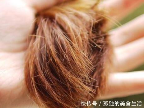 发质太差,平时把这些当零食吃,头发会乌黑发亮