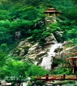 九如山瀑布群风景区风景